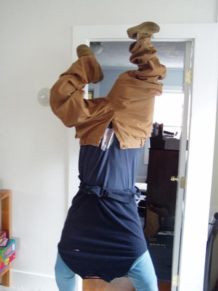 headless-handstand.jpg